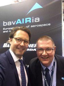 Markus Jessbeger auf der ILA mit Bundesverkehrsminister Scheuer